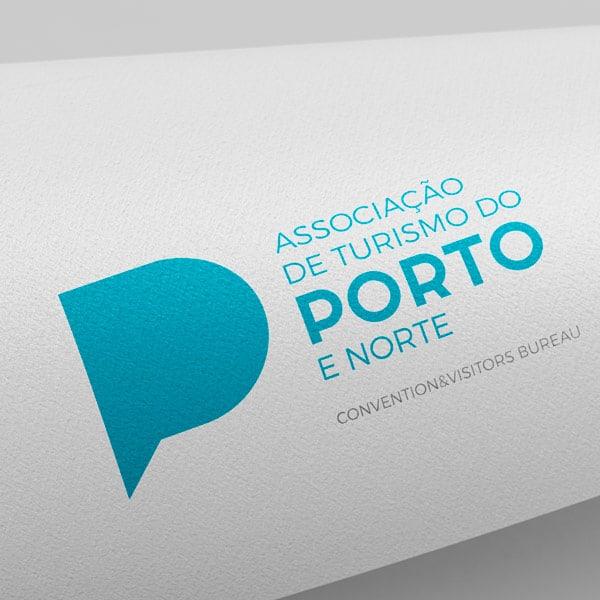 logotipo do turismo do porto